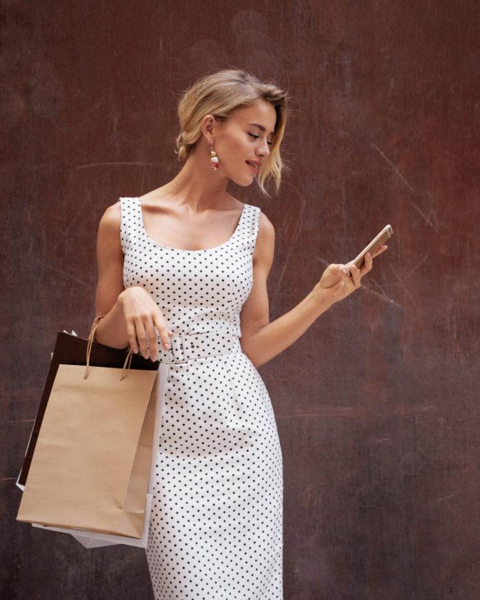 Robe de cocktail : conseils et idées look