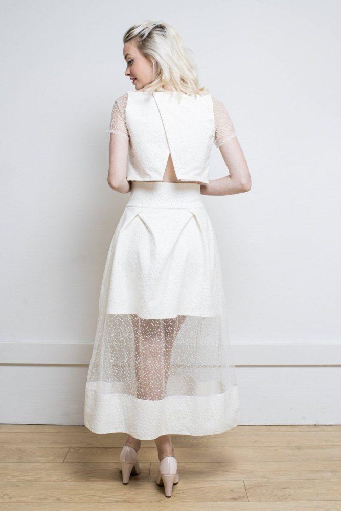 Comment porter le tailleur femme à un mariage ?